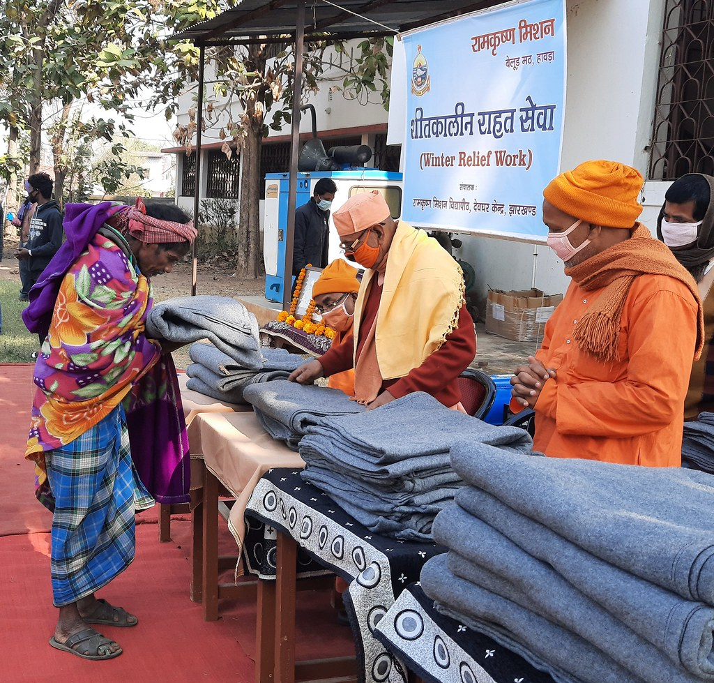 Blanket Distribution 3rd Day (27)
