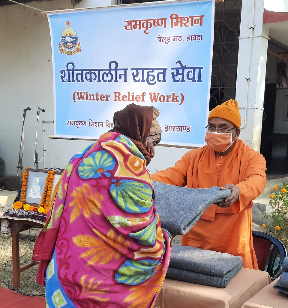Blanket Distribution 3rd Day (25)