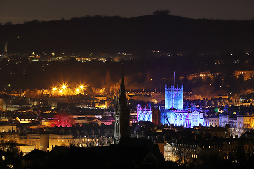 widcombehill smallcombevale city cathedral bath abbey bathabbey landscape cityscape views december winter festive christmas churches avon tourism history roman historical architecture georgianarchitecture british uk banes england somerset bathnortheastsomerset illumination colourful night nightcity longexposure bathbid magical rainbowilluminations bathskyline
