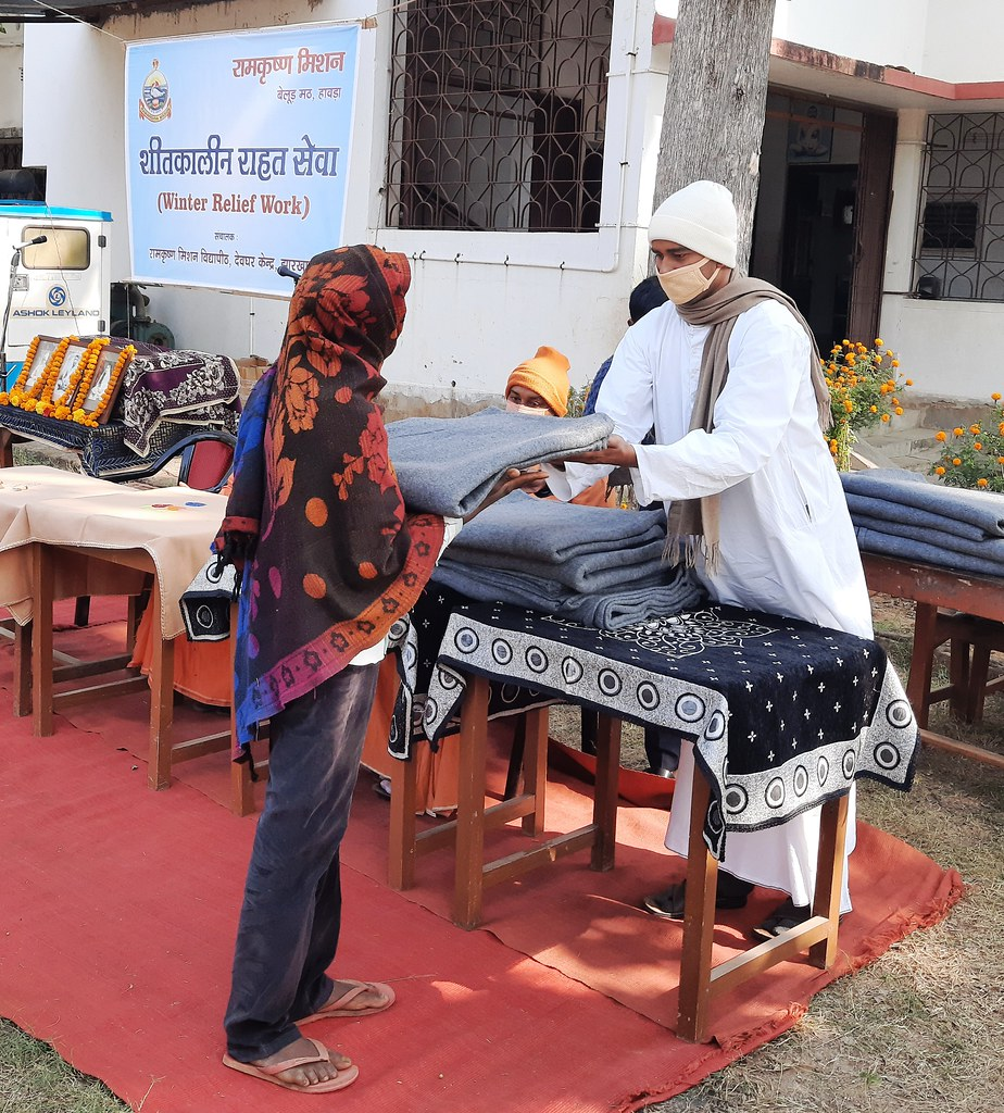 Blanket Distribution 2nd Day (39)