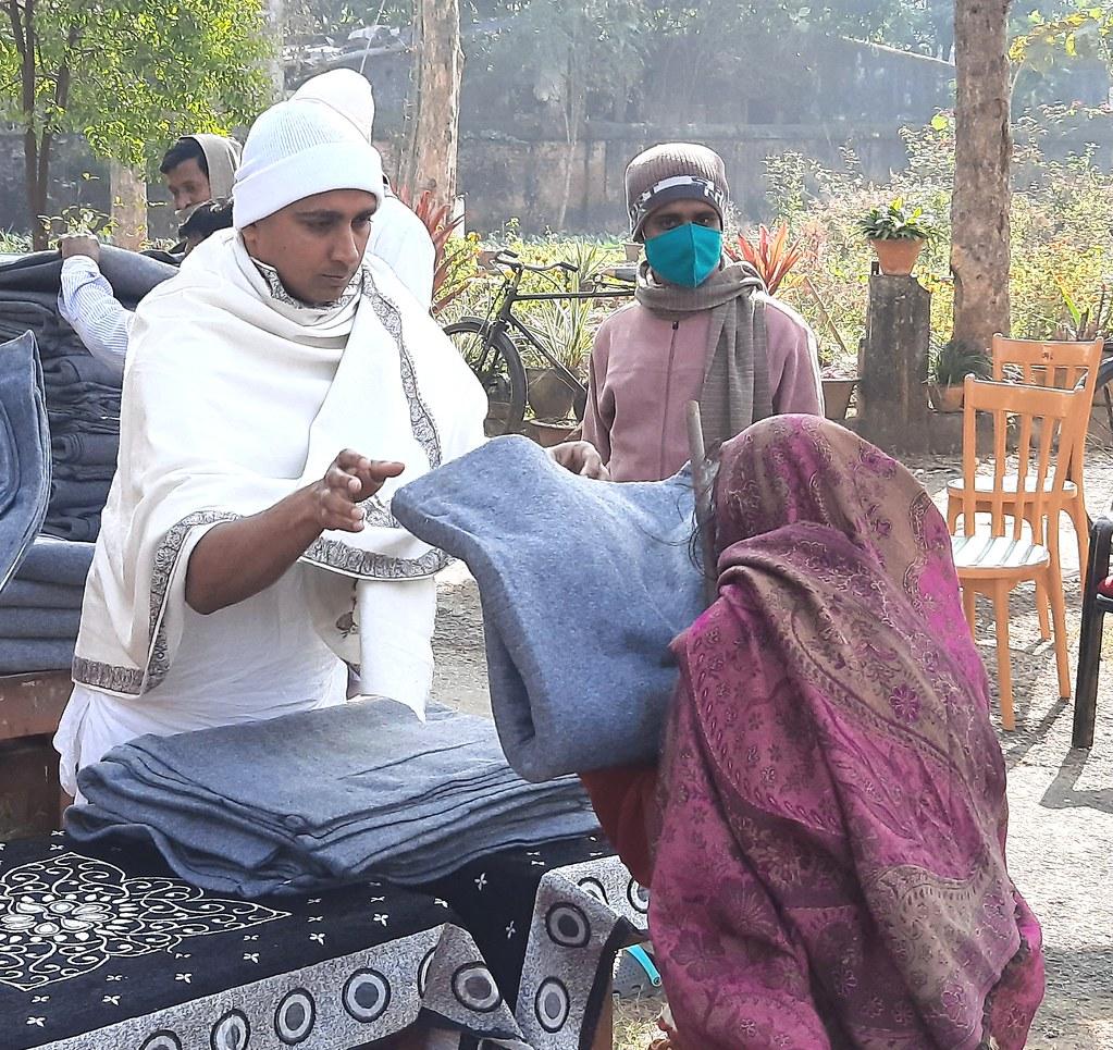 Blanket Distribution 2nd Day (33)