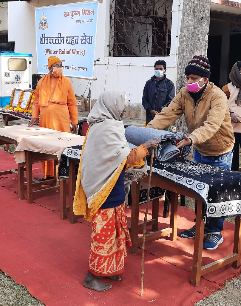 Blanket Distribution 3rd Day (45)