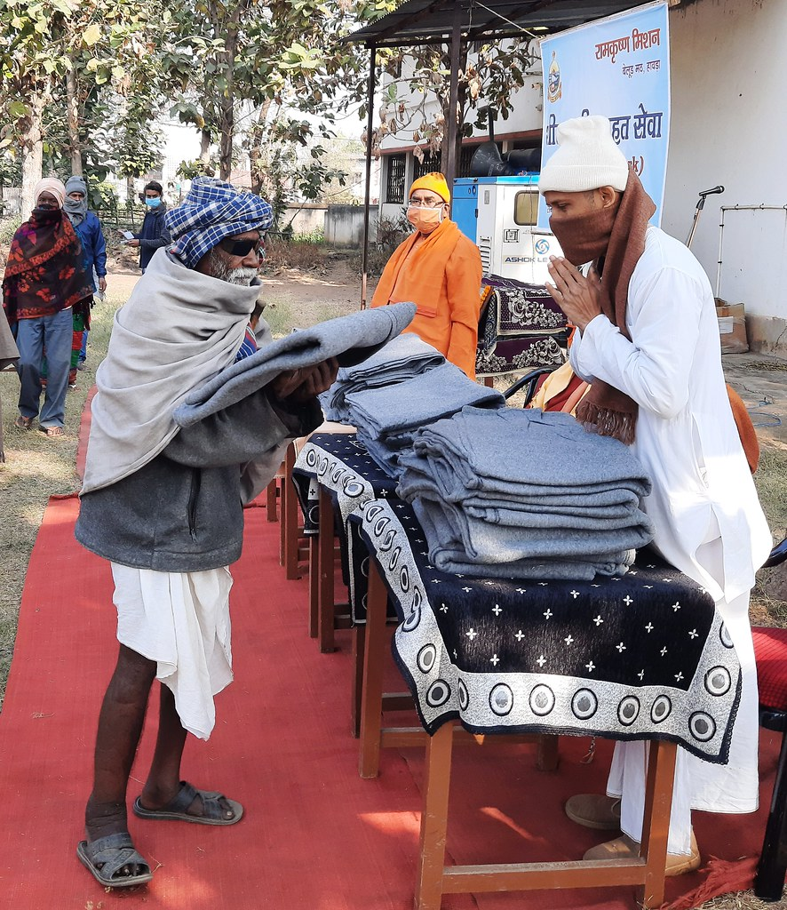 Blanket Distribution 3rd Day (38)