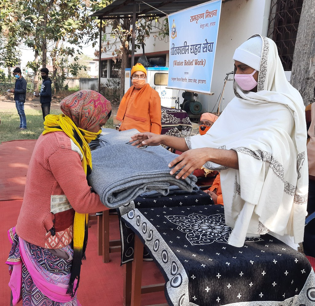 Blanket Distribution 3rd Day (37)