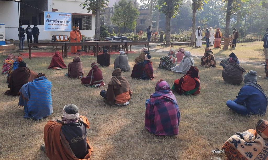 Blanket Distribution 3rd Day (17)