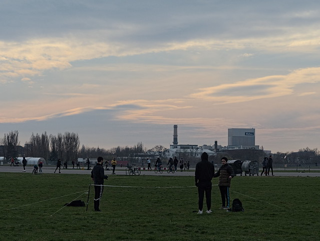 Tempelhofer-Feld 0C052896-1