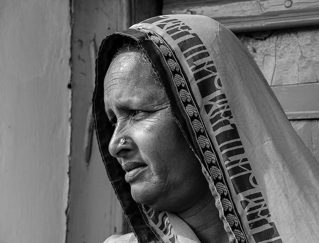 ... ritratto di donna indiana (03, remake b/n) ...