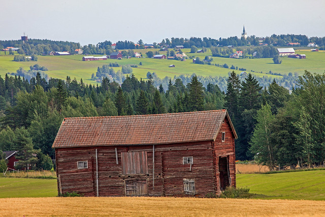 Abandoned wooden barn building