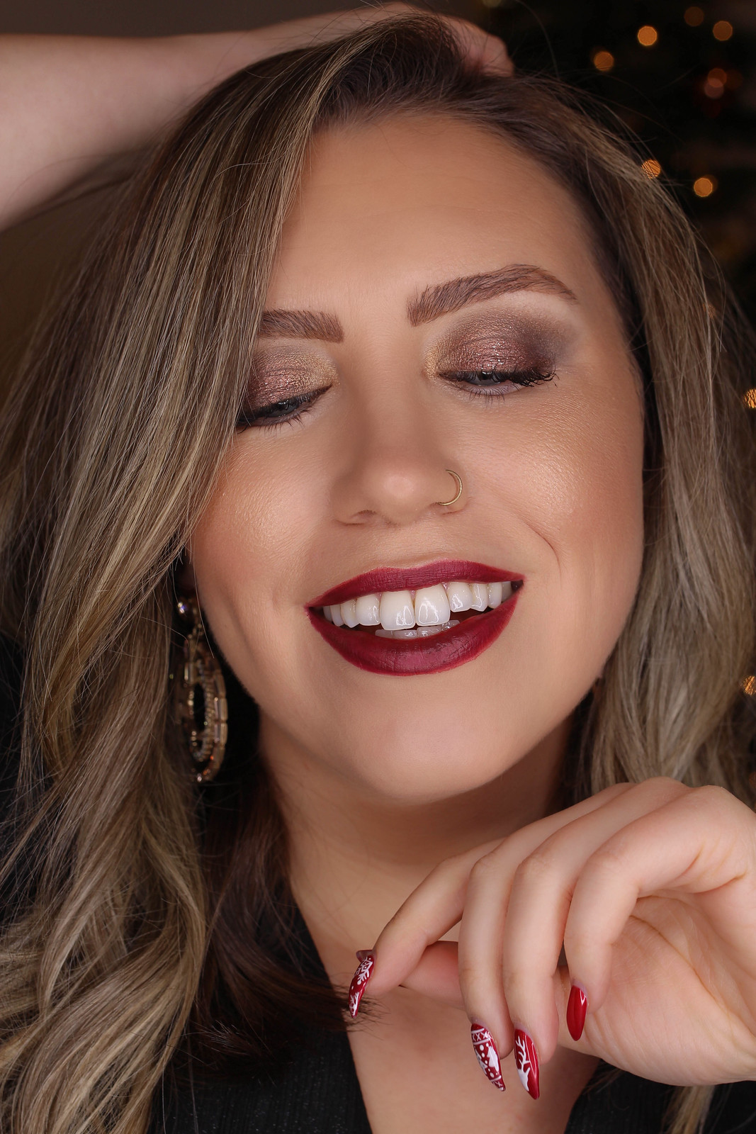 Holiday Makeup Monday Tutorial: Subtle Bronze Sparkle Eyes | New Years Eve Makeup | Deep Red Lipstick | Christmas Makeup Looks