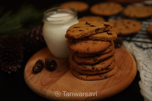 Eggless Chocolate Chip Cookies 🍪