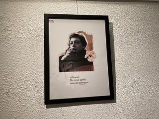 Lámina de Alejandra Pizarnik en la exposición 'La otra poesía' de Marta Villela