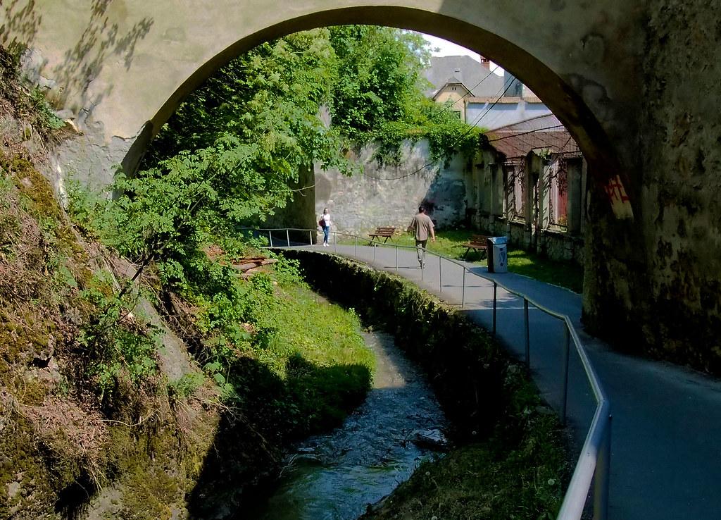 BrasoV Romania läntinen muuritie