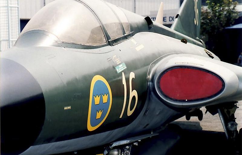 サーブ J-35 ドラケン