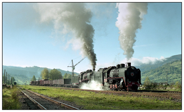 1999-0331 - SO 4371, SO 3146, between Rakhov & Delyatin, Ukraine.