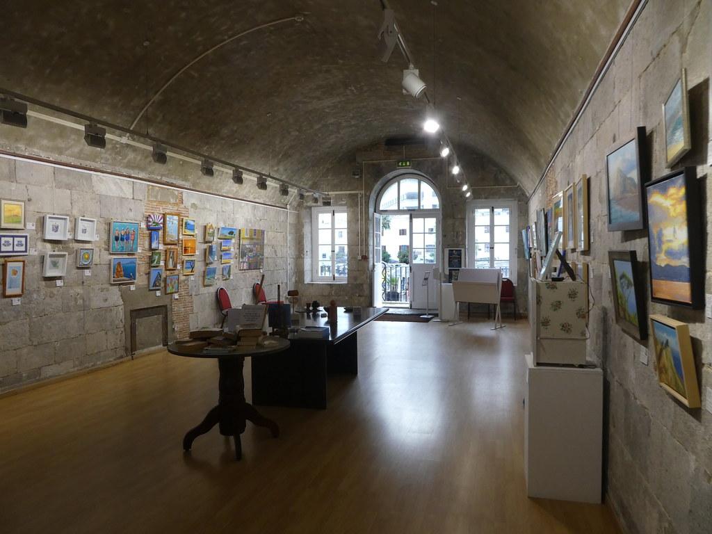 Gibraltar Art Gallery, Grand Casemates Square