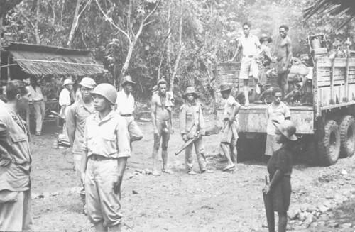 NICA Kamp in Hollamdia met personeel