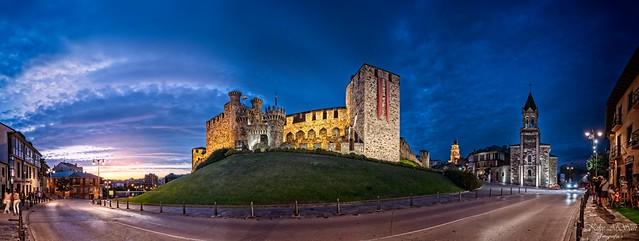El Castillo. The Castle.