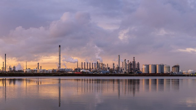 A winter afternoon series of pictures at Moerdijk industrial estate