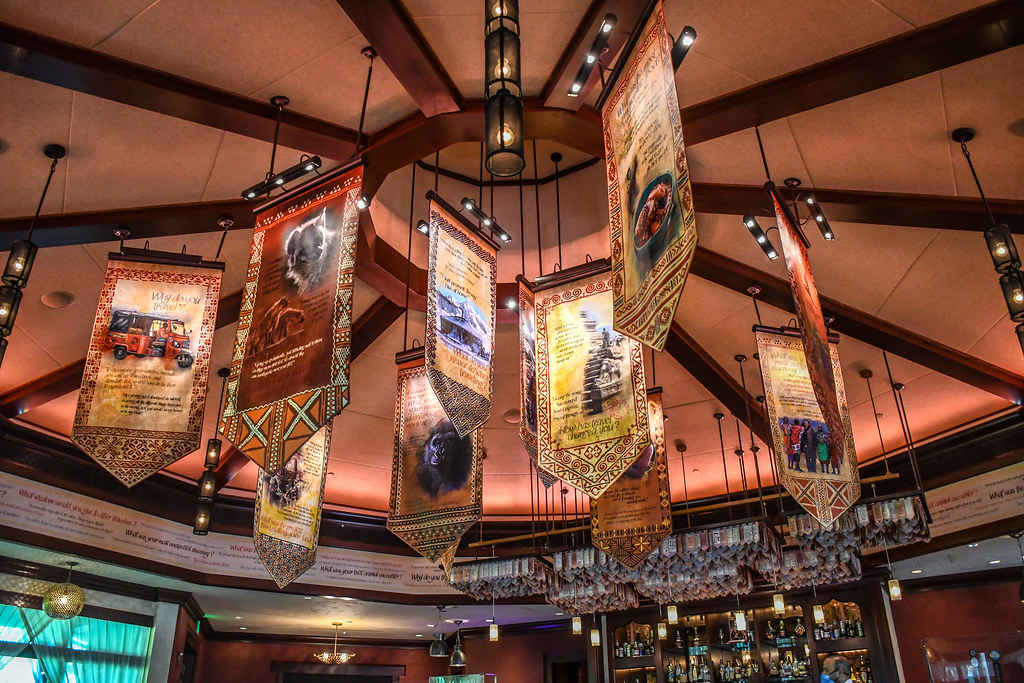 Nomad Lounge banners AK