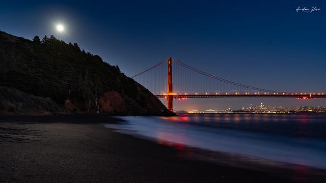 Moonrise over Golden Gate