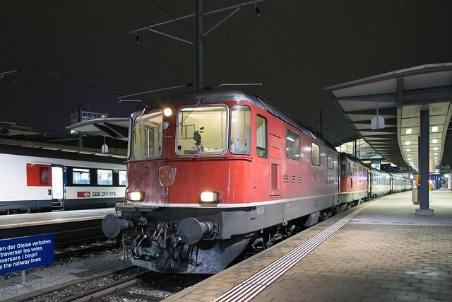 SBB Re 4/4 420 111 + 420 112 Basel SBB