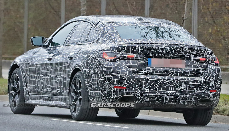 2022-BMW-4-Series-Gran-Coupe-9