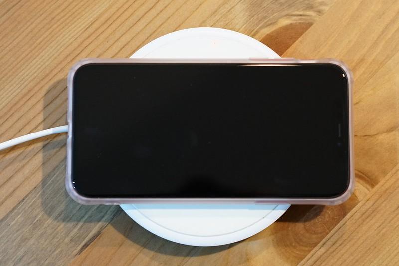 100均iPhoneケース_ワイヤレス充電