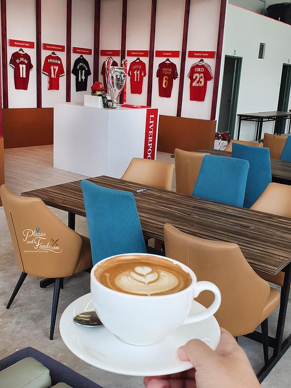 liverpool fans cafe balakong