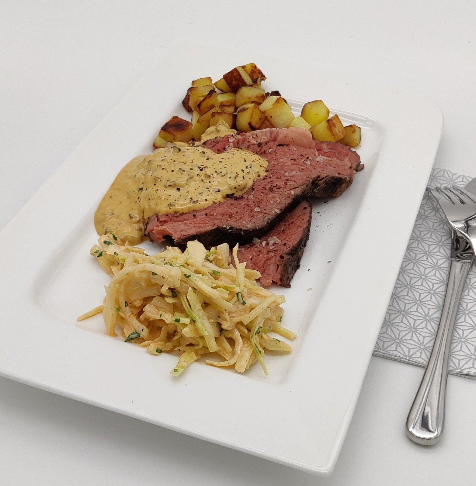 Gewürz-Roastbeef mit Espresso-Speck-Mayonnaise