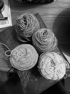 2020-03-27_Andy-Shawl-yarn-planning