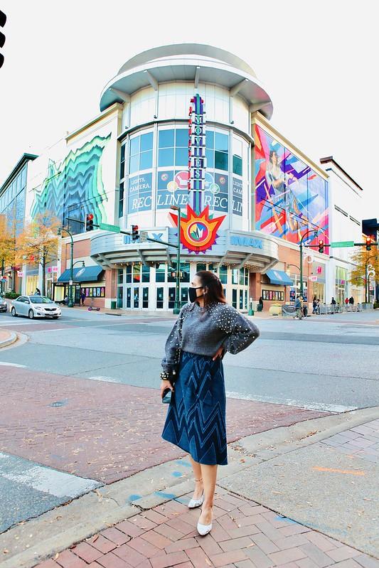 Pearl Sweater Tanvii.com