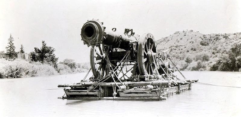 Rodaje de Orgullo y Pasión. Escena un cañón en el Tajo muy cerca de Toledo. Foto de Ken Danvers.