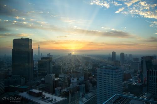 japan pentax pentaxk5 sunrise tokyo city morning risingsun sunrays surise