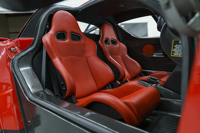 2003-Ferrari-Enzo-_13