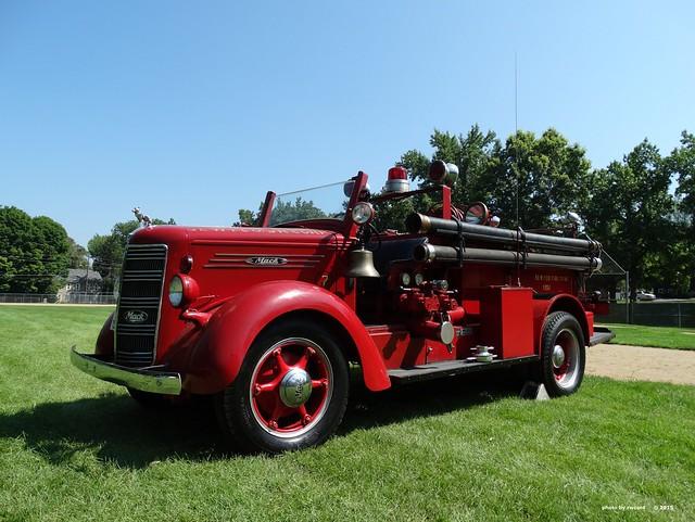 1926 Mack Fire Truck - SE-WY-CO Fire Dept Fire Police - Lower Saucon Twp PA (1)
