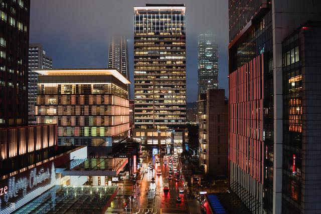 散步攝影:雨夜,35mm | 01