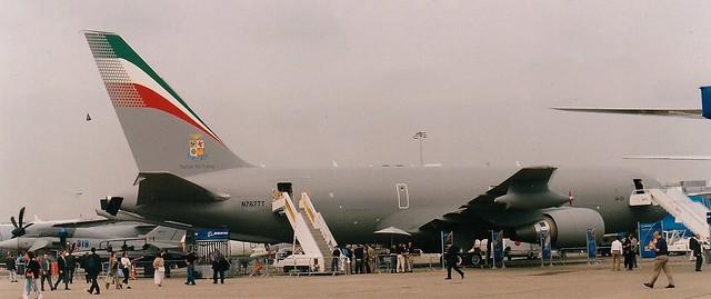 N767TT at Paris-LBG 2005 (scan)