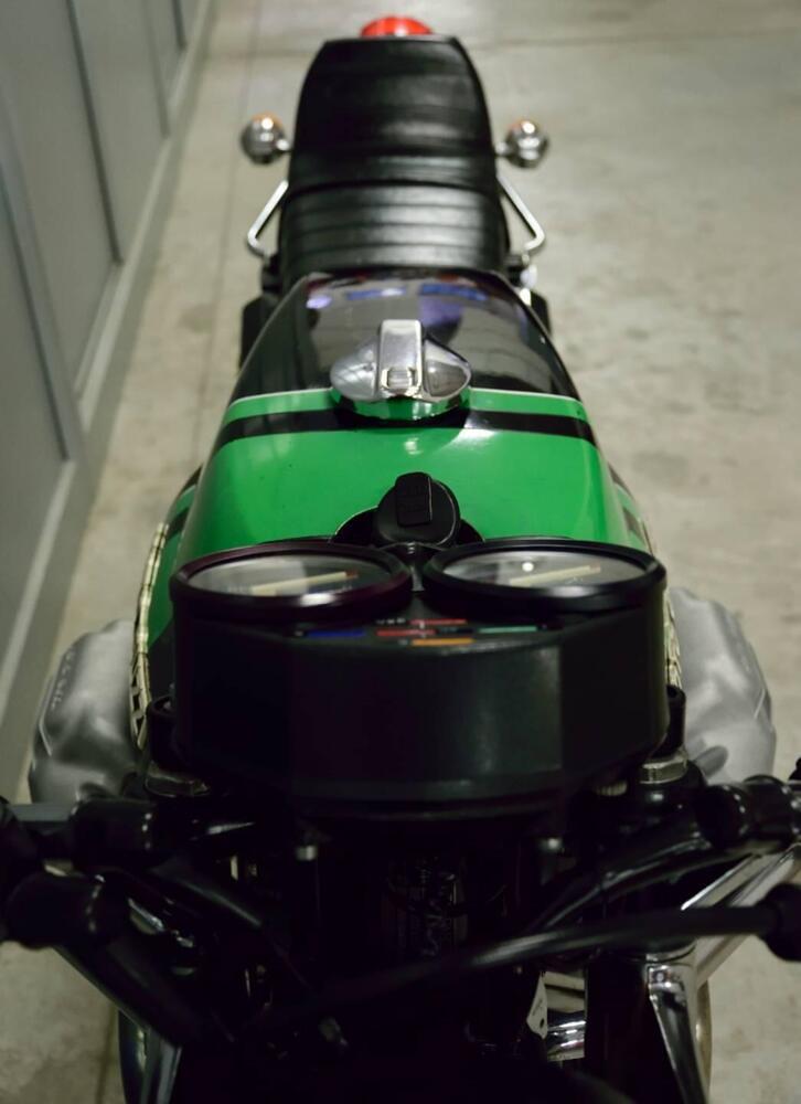 Moto Guzzi 750-S3 in front 2