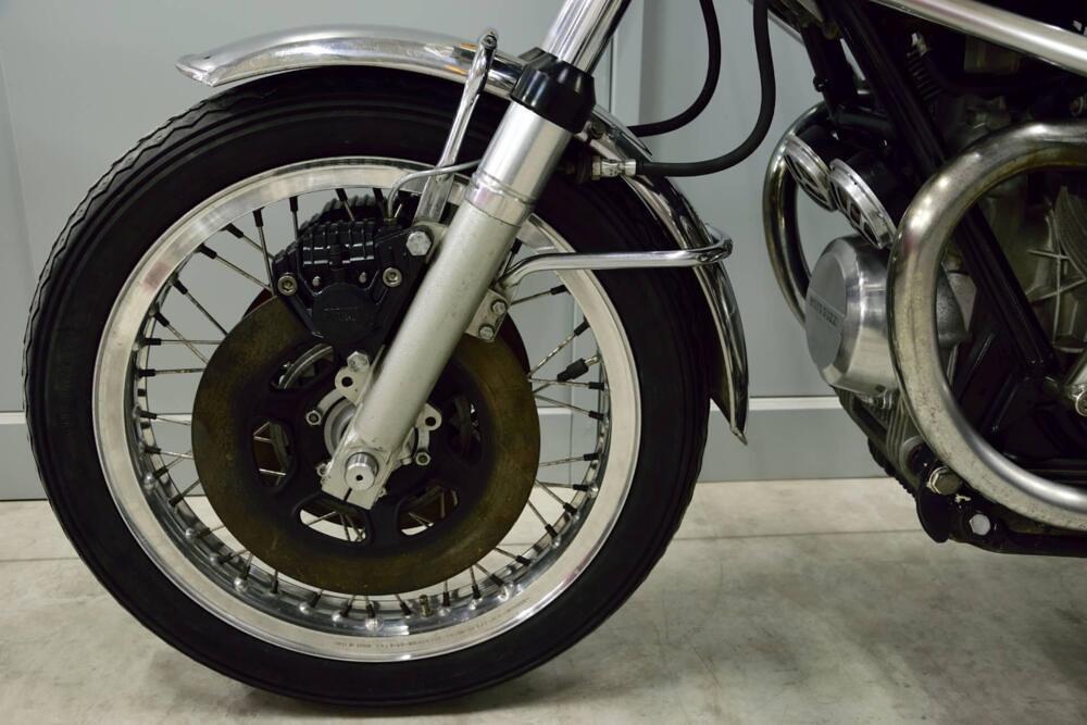 Moto Guzzi 750-S3 front 1