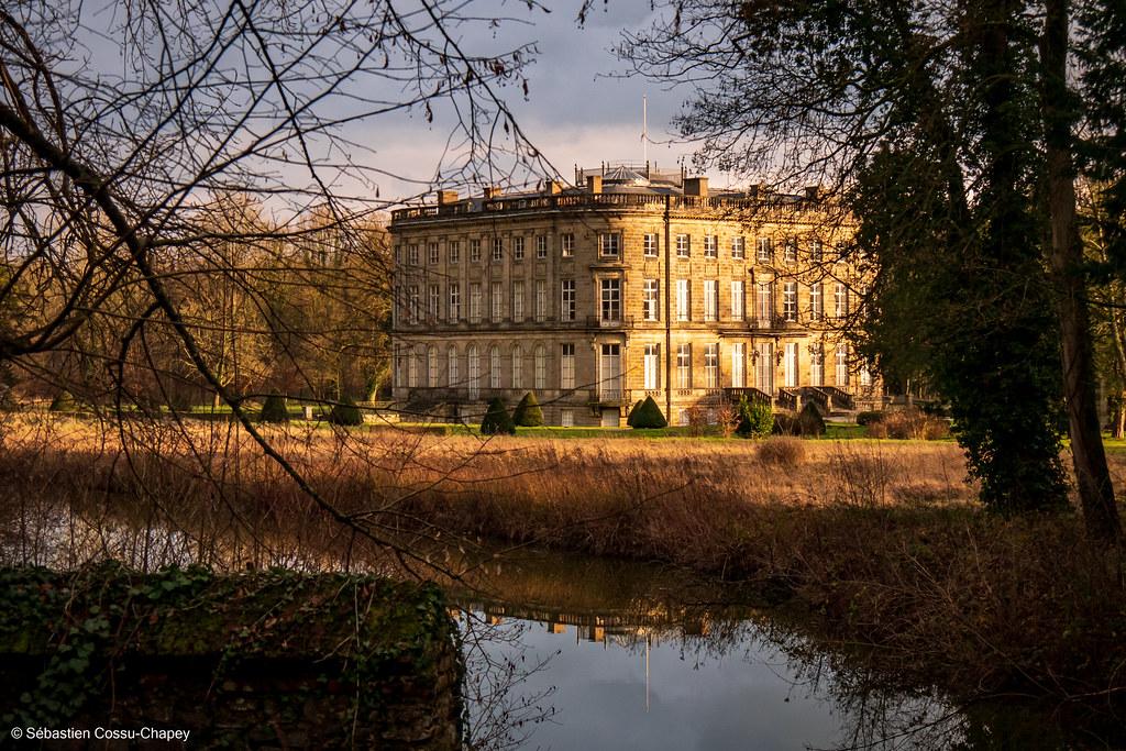 Château de l'Hermitage - couleur 50779970538_afaae21116_b