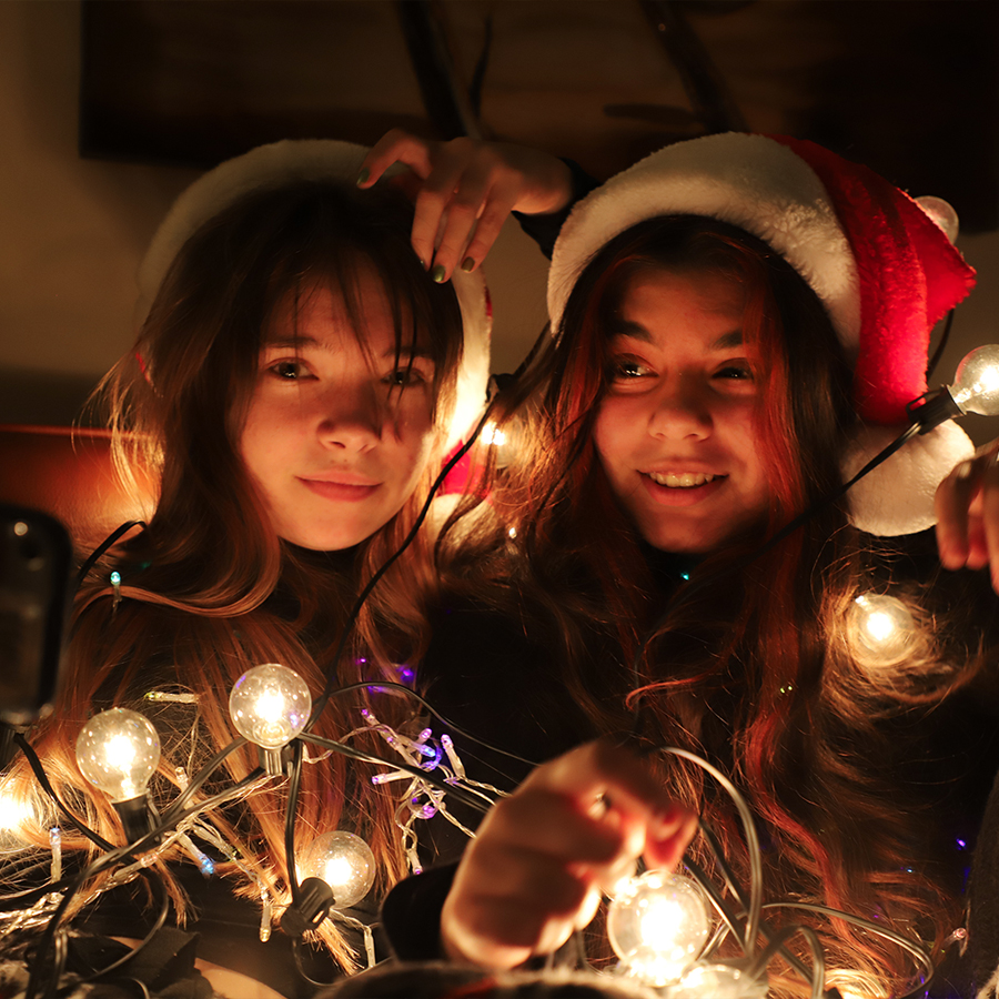 christmas-girls-2020