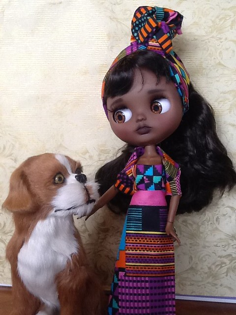 Blythe-a-Day: Favorite Toy& Making It Special: Happy Holidays from Barkley & 'The New Girl'