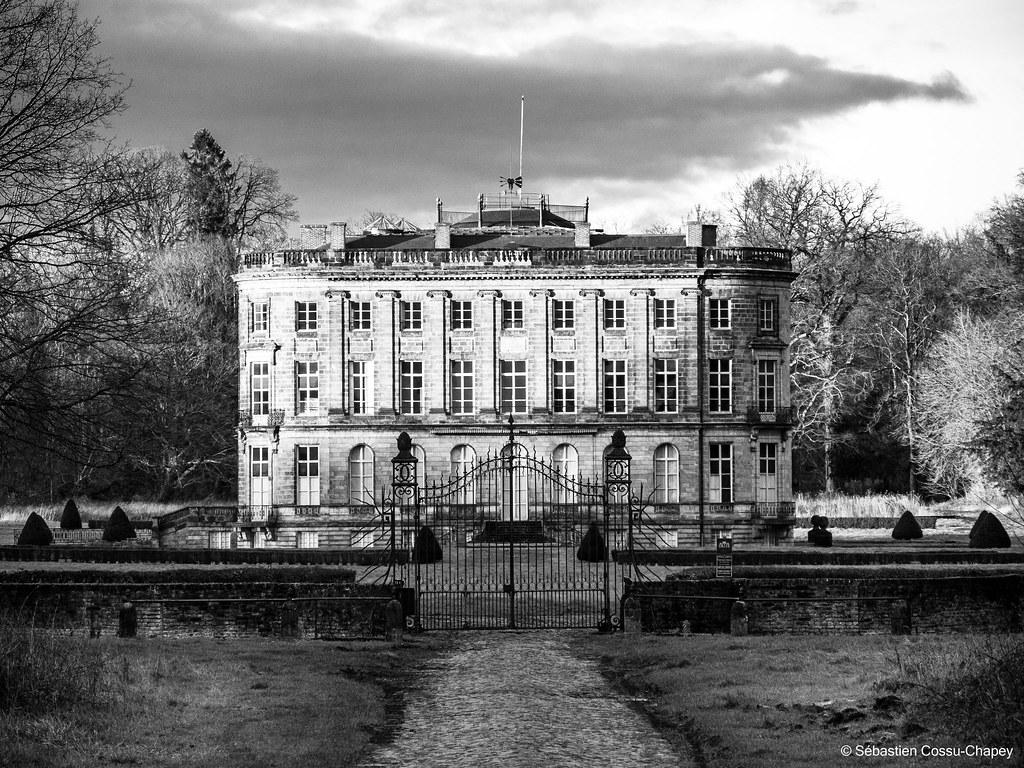 Château de l'Hermitage 50780841122_b0010a49bf_b