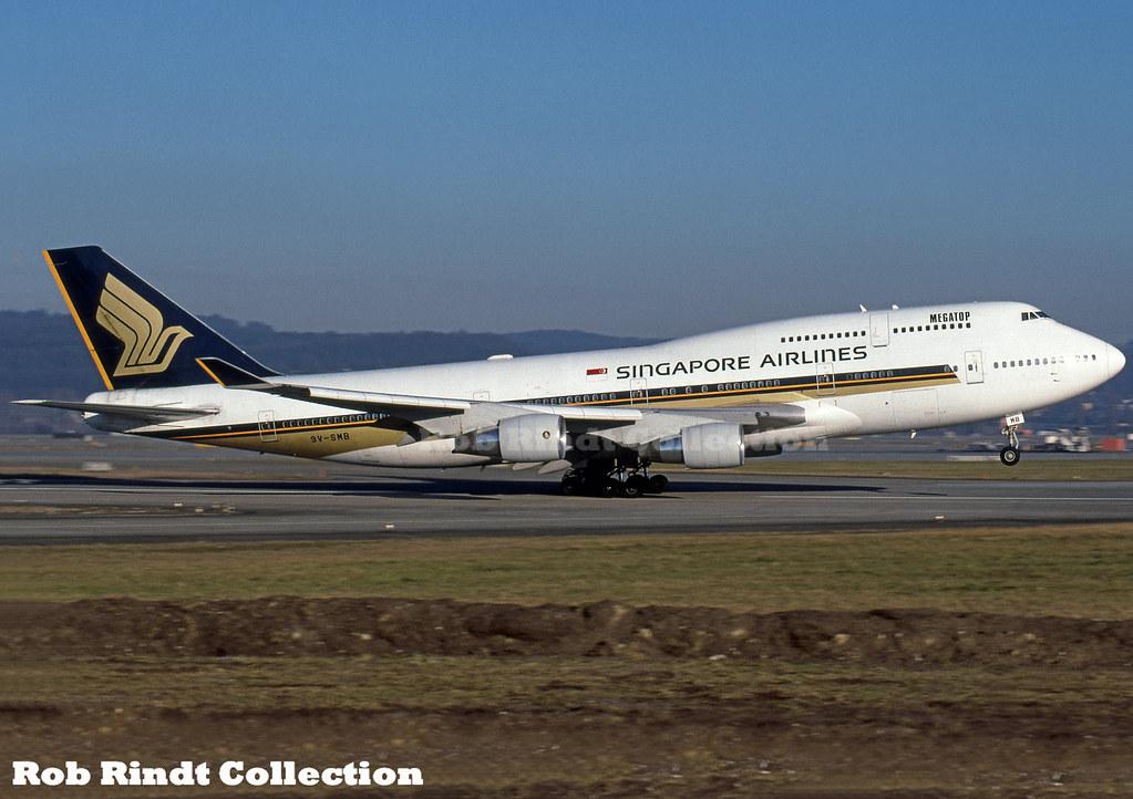 Singapore Airlines B747-412 9V-SMB