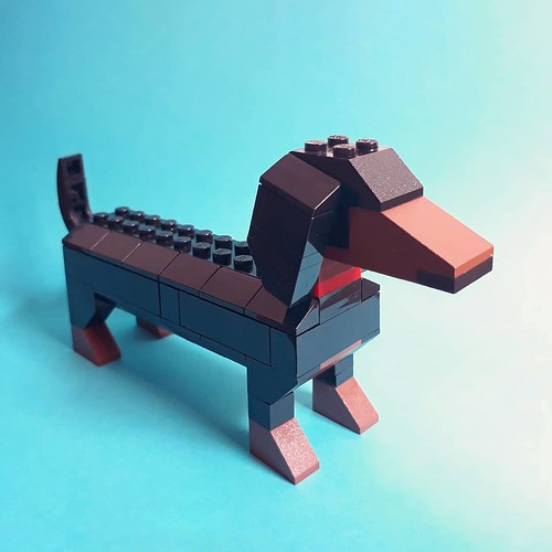 Woof! 2020 has been a long year. This brick #dachshund by @artisanbricks is a little study in building an endearing breed with simple shapes. Looking forward with gratitude, tail wagging, that next year will be a better one for us all. May you be blessed | by www.artisanbricks.com