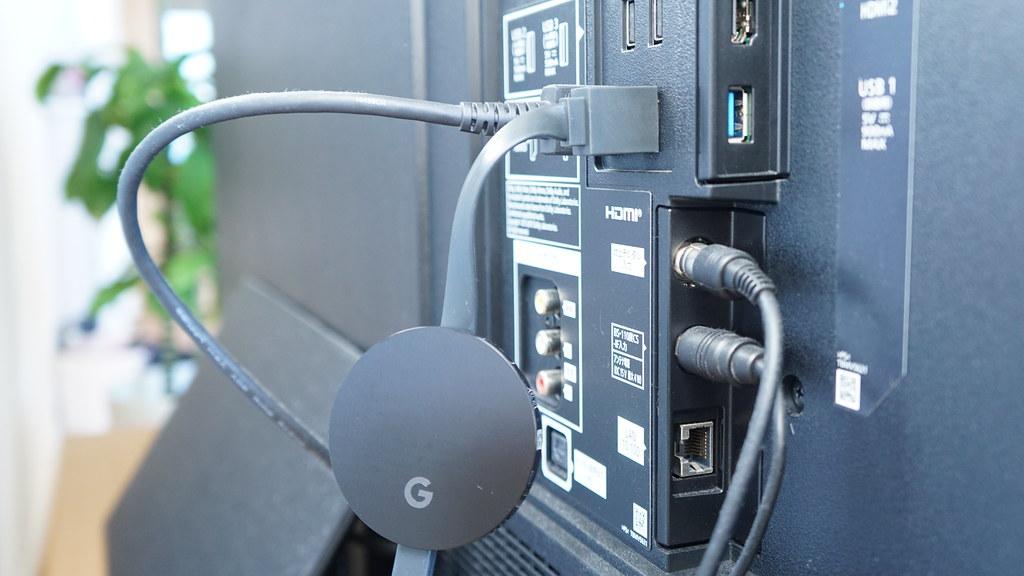 Chromecastをテレビに接続する