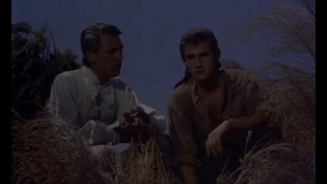 Cary Grant y Carlos Larrañaga. Fotograma de Orgullo y Pasión.
