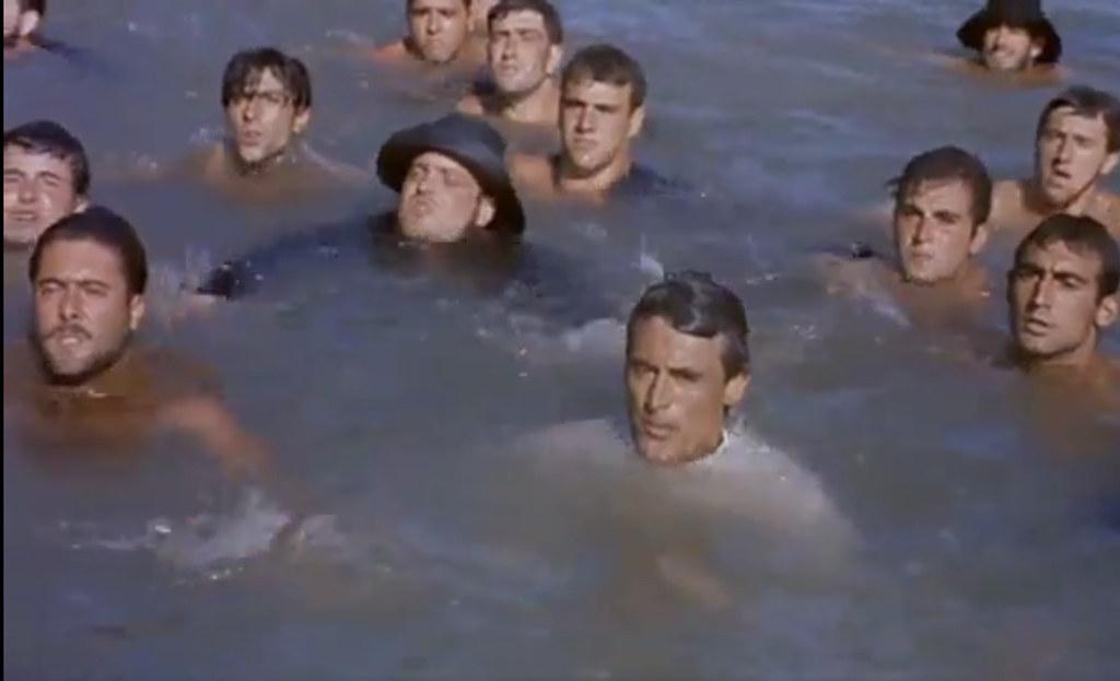Cary Grant en el Tajo. Fotograma de Orgullo y Pasión (rodado en 1956)