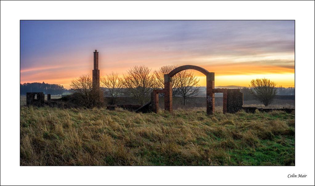 Sunrise Garden - (Industar 69, 28mm, f11) - 2020-12-28th