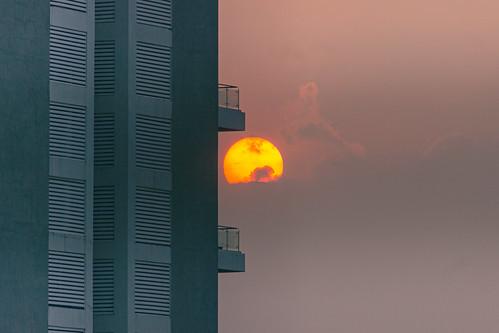 building clouds landscape dusk dramaticsky sunset sun outdoor pune scyscraper urbansunset